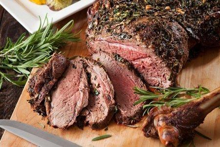 15 рецептов сочной и мягкой говядины в духовке