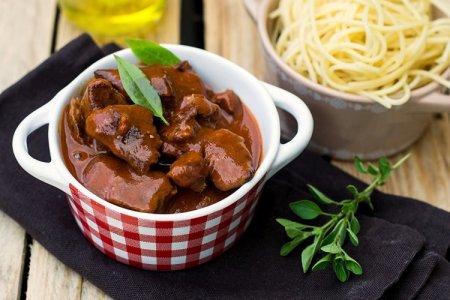 15 рецептов вкуснейшего гуляша из говядины с подливкой