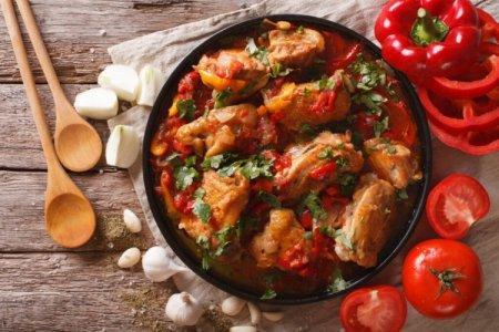 Как приготовить чахохбили из курицы: 10 лучших рецептов
