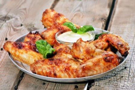12 рецептов самых вкусных куриных крылышек в духовке