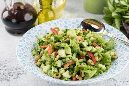 15 свежих и очень вкусных салатов с оливками
