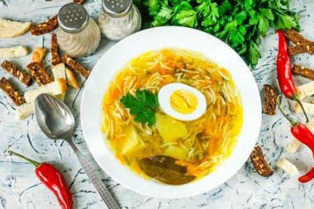 20 легких и очень вкусных супов с яйцом