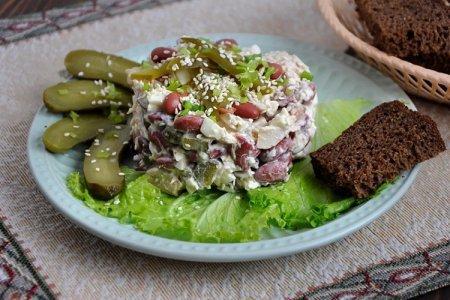 20 самых вкусных салатов с курицей и фасолью