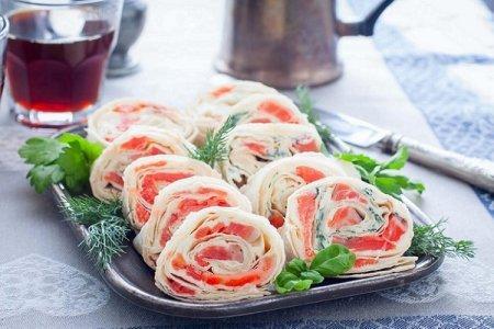 20 очень вкусных рулетов из лаваша с красной рыбой