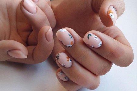 Маникюр на короткие ногти в школу, осень 2021: красивые идеи (50 фото)