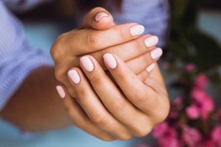 Как быстро отрастить ногти: 12 способов в домашних условиях