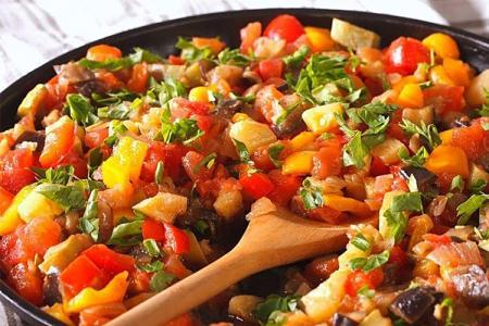 12 лучших рецептов, как приготовить овощное рагу