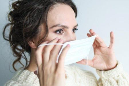 Как сшить медицинскую маску своими руками: 3 способа
