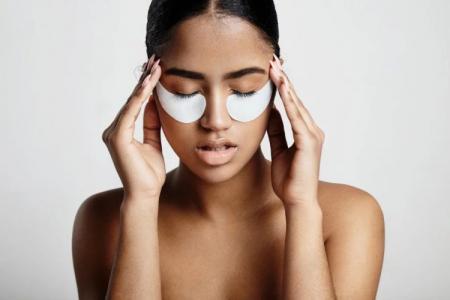 Как убрать синяки под глазами: 12 быстрых и эффективных способов