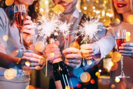 Как встретить Новый год 2021: все важные приметы и идеи