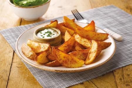 Картошка по-деревенски в духовке: 10 простых и быстрых рецептов