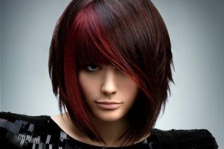 Модные женские стрижки 2021 на средние волосы с челкой
