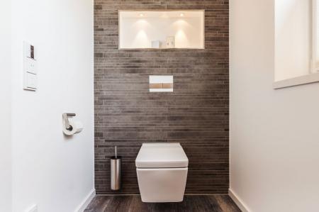Отделка стен в туалете: материалы и идеи (65 фото)