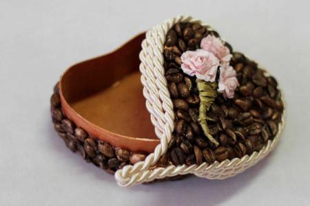 Поделки из кофейных зерен своими руками: 10 красивых идей (фото)