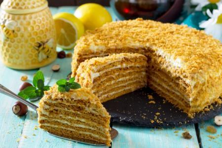 12 простых рецептов тортов в домашних условиях