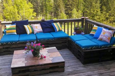 Садовая мебель из поддонов для дачи (60 фото)