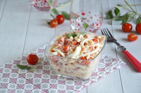 10 лучших рецептов салата «Красное море» с крабовыми палочками