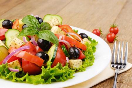 Салаты без майонеза: 20 самых вкусных рецептов