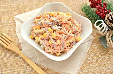 Салаты с корейской морковью: 20 самых вкусных рецептов