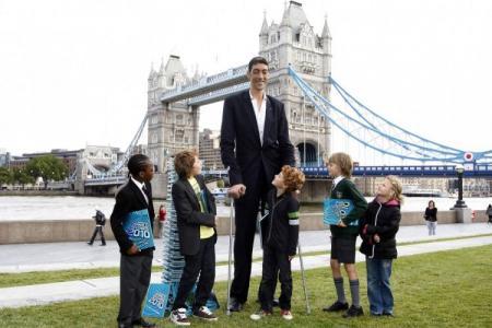 Топ-10 самых высоких людей в мире