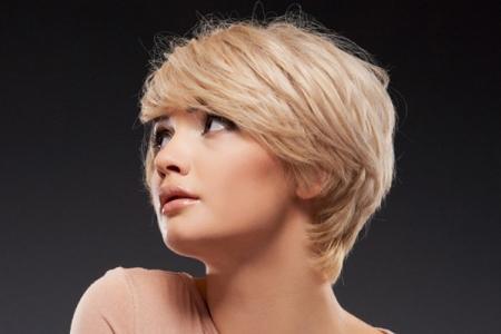 Стрижки на короткие волосы для круглого лица: 10 модных идей