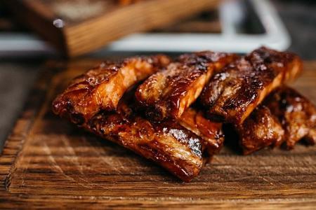 10 рецептов вкусных свиных ребрышек в духовке