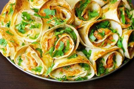 Закуски из лаваша: 15 быстрых и вкусных рецептов